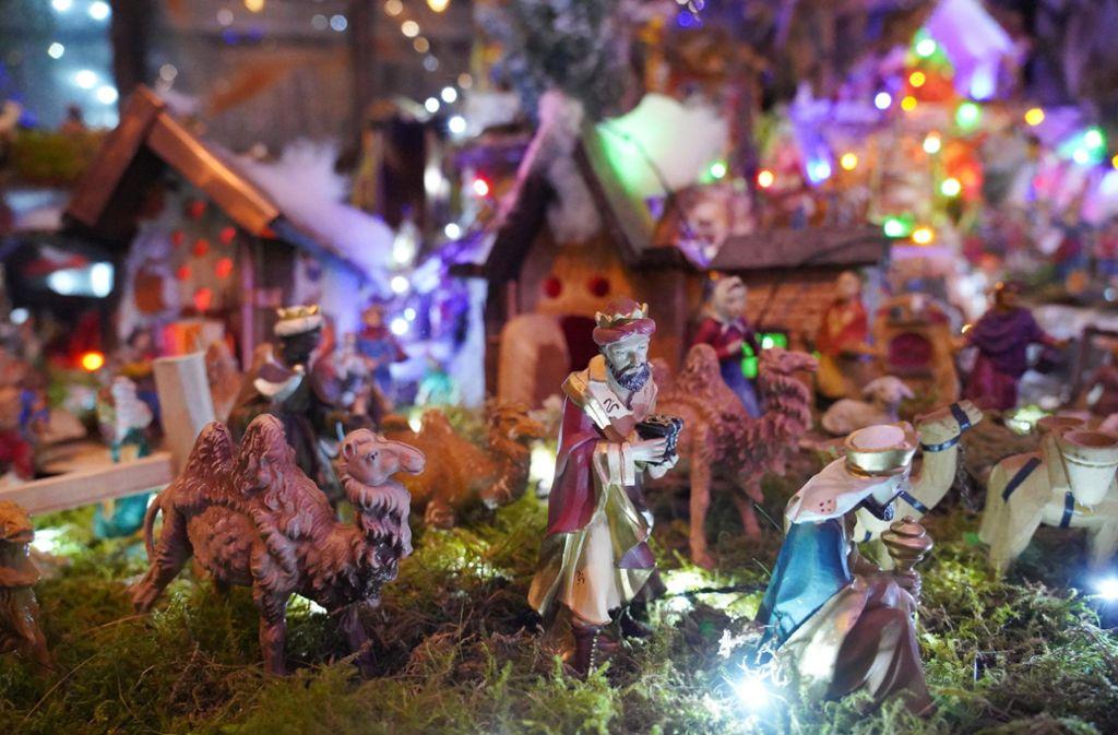 Die Heiligen Drei Könige auf ihrem  Weg zum Jesuskind. Foto: Fotoagentur-Stuttgart/Andreas Rosar