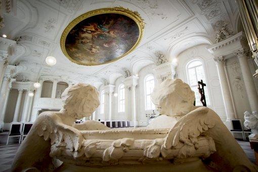 Die Schlosskapelle versteckt ihre Schönheit