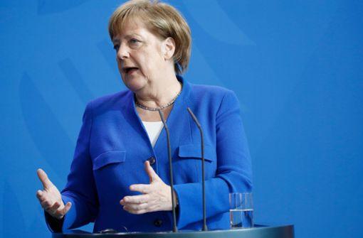 Merkel weist Spekulationen zurück
