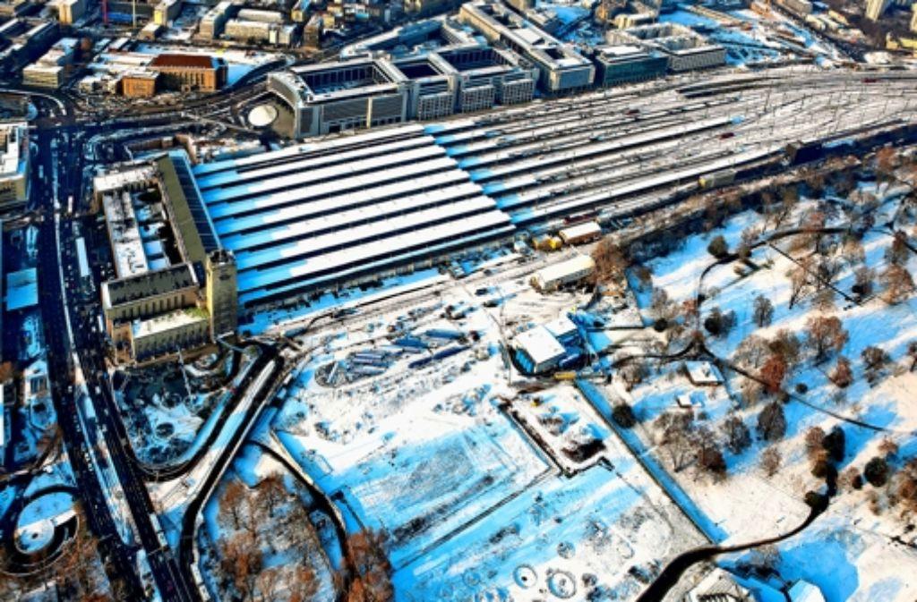 Baustelle im Schwebezustand: der Aufsichtsrat der Deutschen Bahn beschäftigt sich mit der Zukunft von Stuttgart 21. Wie sich die Kosten für das Großprojekt auf die einzelnen Projektpartner verteilen, sehen Sie in der Bilderstrecke. Foto: Grohe