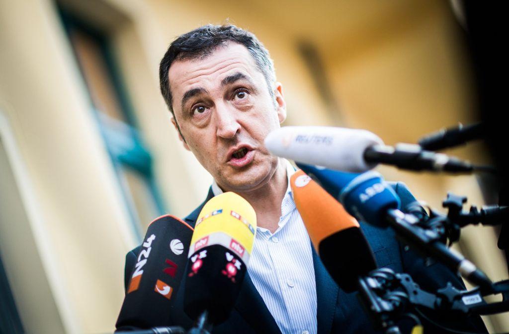 Grünen-Chef Cem  Özdemir bringt mit seinem Kompromissvorstoß Union und FDP in Zugzwang. Foto: dpa