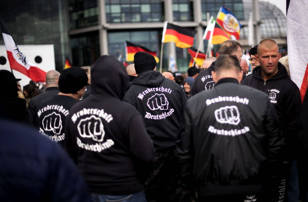 Das Aufklärungsvideo des bayerischen Innenministeriums soll Jugendlichen die Gefahren des Rechtsextremismus aufzeigen. (Symbolbild) Foto: imago images