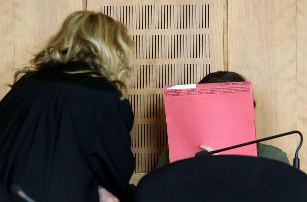 Die Angeklagte war laut eines Gutachtens bei der Tat nur vermindert schuldfähig. Foto: dpa