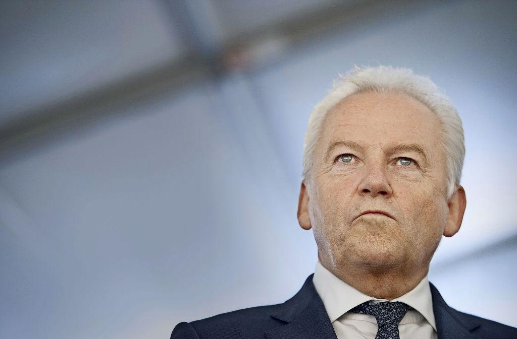 Wer folgt auf Rüdiger Grube an der Spitze der Deutschen Bahn? Das ist nicht zuletzt eine politische Frage. Foto: dpa