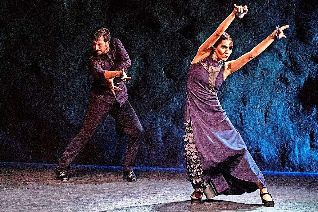 Mit fünf Frauen hat Brigitta Luisa Merki angefangen, als sie 1984 Flamencos en route gründete. Heute gehören zu dem freien Ensemble mehr als doppelt so viele Kunstschaffende.  Foto: Alex Spichale