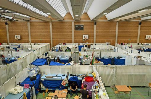 Kreis macht Flüchtlingsunterkünfte im Akkord dicht