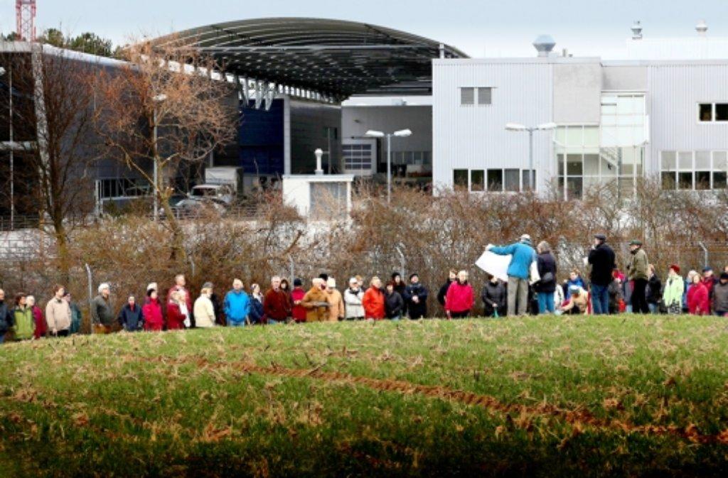 Schon vor einem Jahr hat der BUND gegen die Erweiterung des Entwicklungszentrums protestiert. Foto: factum/Archiv