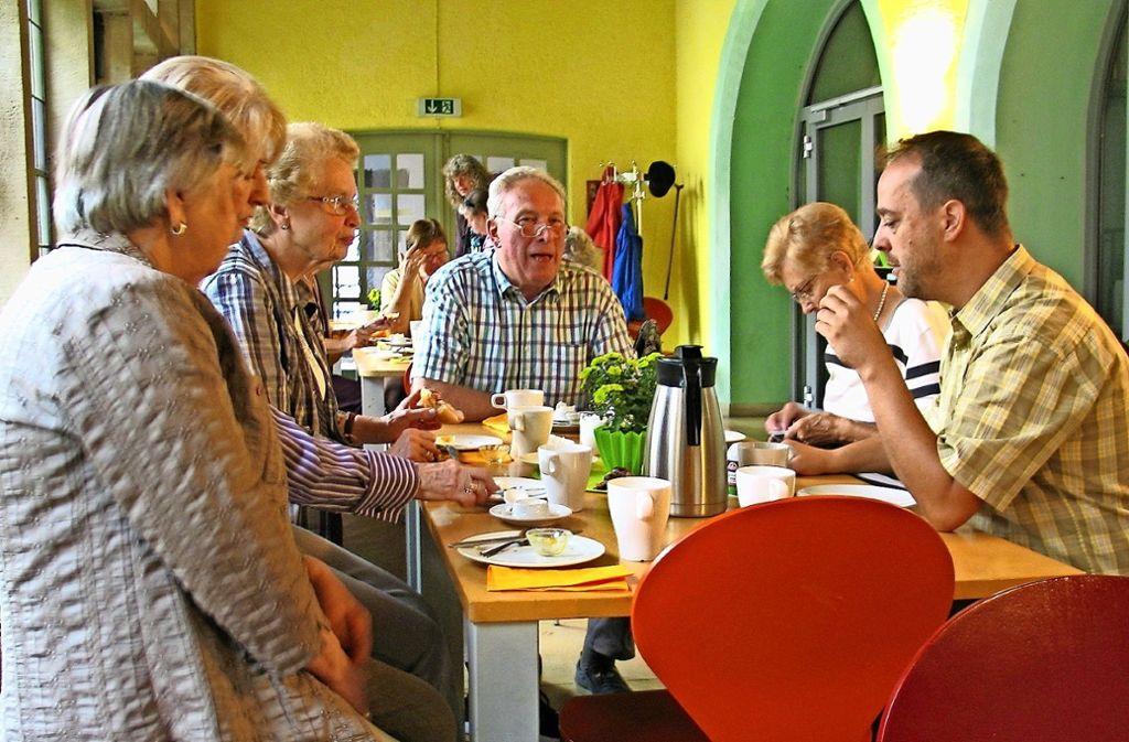 Der Brunch in der Martinskirche ist  Treffpunkt für Berufstätige, Senioren und Familien. Foto: Susanne Müller-Baji