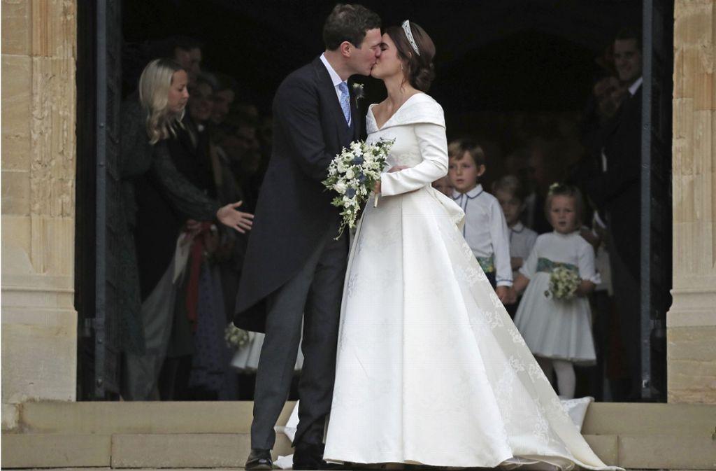 Ein Traum in Creme: Das Brautkleid von Prinzessin Eugenie. Foto: POOL PA