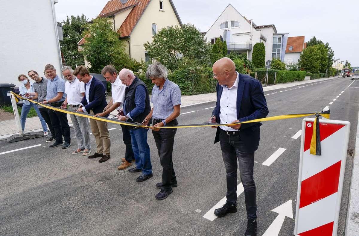 Der Minikreisverkehr an der Lammkreuzung in Gerlingen ist eröffnet. Foto: /Simon Granville