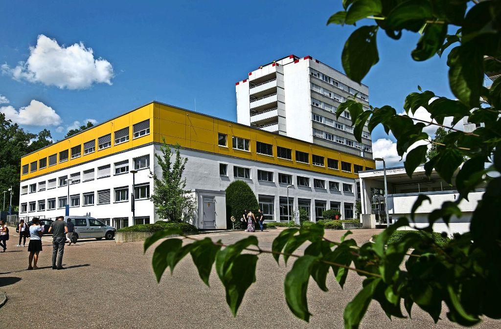 Die neuen Unterrichtsräume wurden auf  die Pflegeschule gebaut. Foto: Horst Rudel