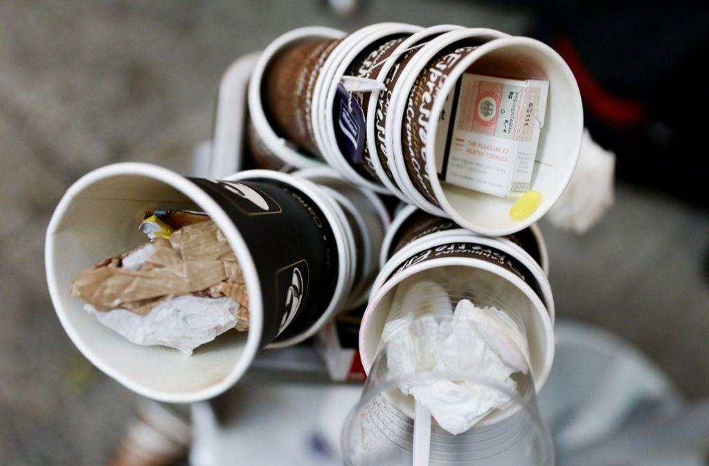 Macht viel Müll: der Coffee to go Foto: dpa