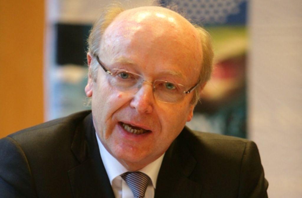 Siegfried Dais sagte, die Digitalisierung stelle die Uni vor große Herausforderungen. Foto: Achim Zweygarth