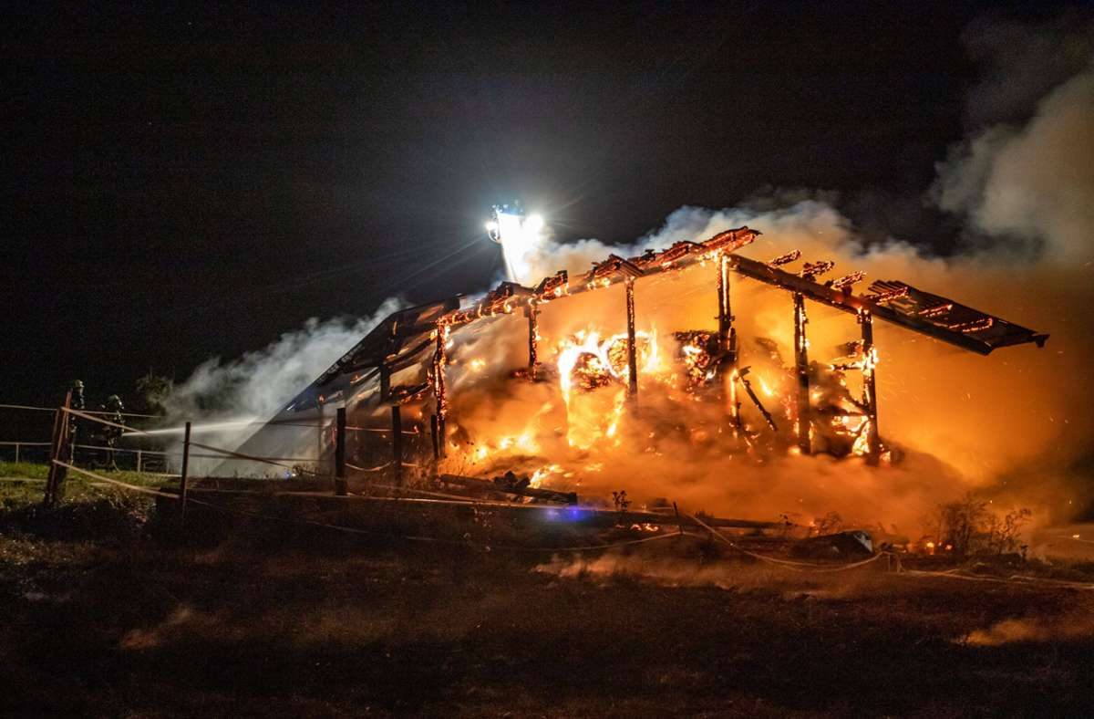 Die Scheune brannte komplett ab. Foto: 7aktuell.de/adonis