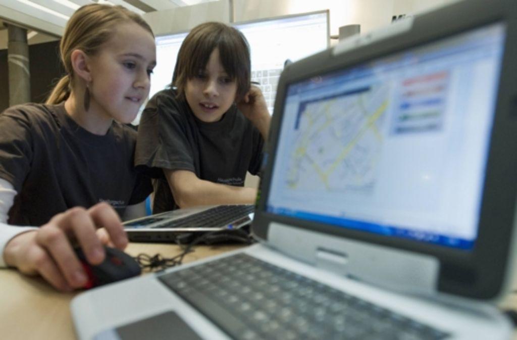Die Hochschule der Medien plant eine kindergerechte Internetseite. Foto: ddp