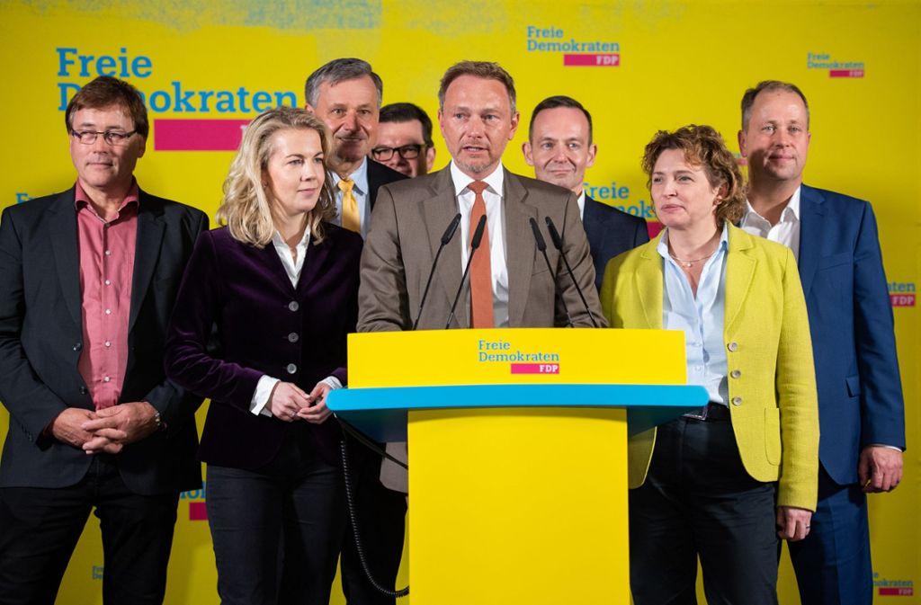 Für die FDP, hier die Bundesspitze um den Vorsitzenden Christian Lindner,  wurde die Nacht nach der Landtagswahl in Thüringen zur Zitterpartie. Foto: dpa/Christophe Gateau