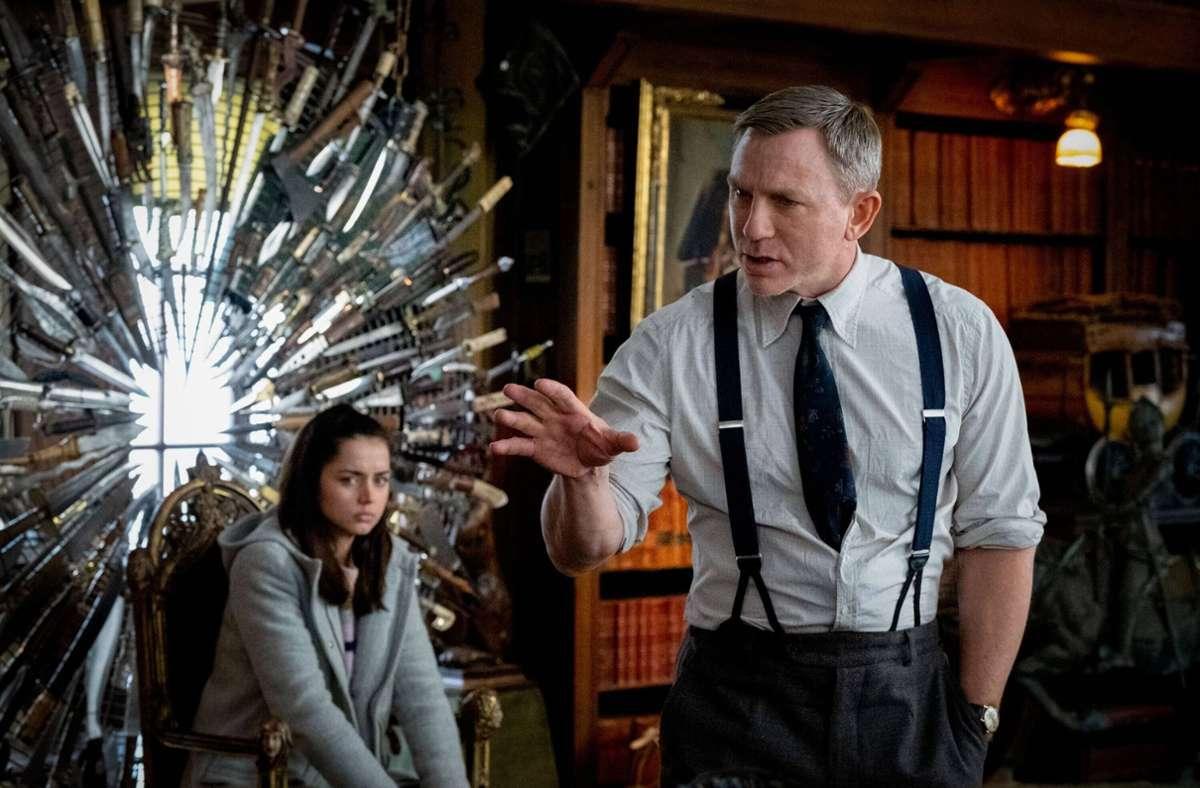 """Sie lieferten einen Überraschungshit:   Ana de Armas und Daniel Craig in """"Knives Out"""" Foto: imago images/Everett Collection"""