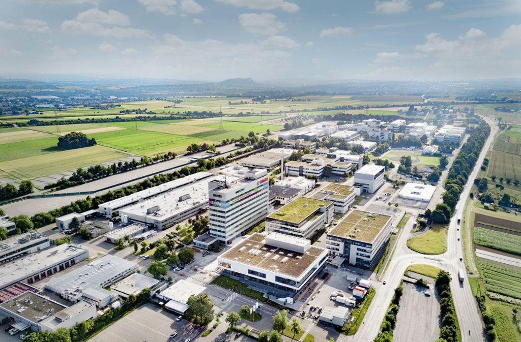 Die neue Kantine – das vordere Gebäude in der Bildmitte – wurde jüngst eröffnet. Foto: Bosch