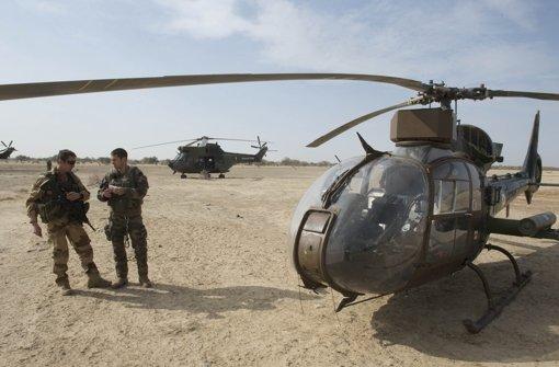 Von dem Kämpfen bekommen die Medien nur wenig zu sehen. Foto: dpa