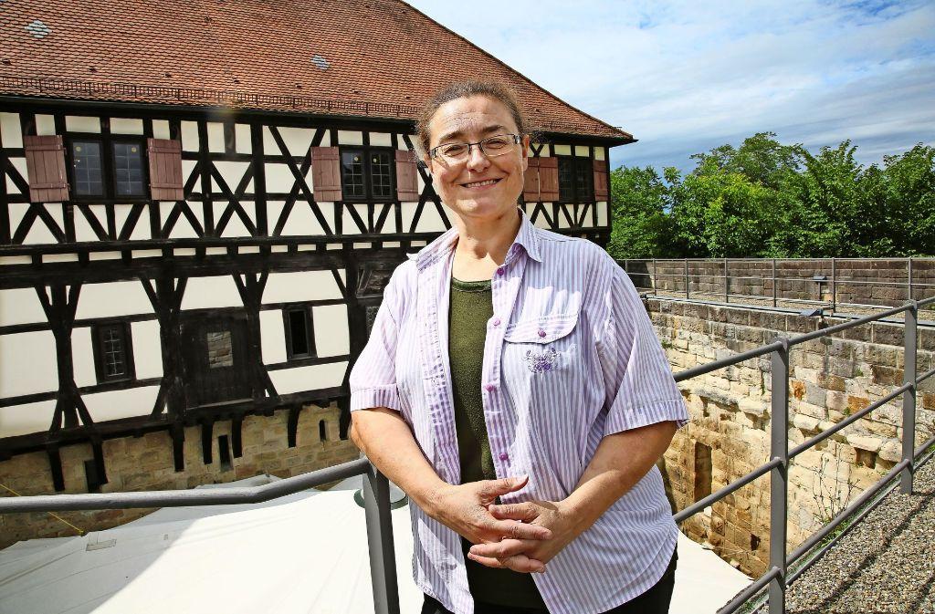 Silke Allmendinger bleibt  Burgerherrin des Wäscherschlosses, allerdings als Verwalterin und nicht  als Pächterin. Foto: Ines Rudel