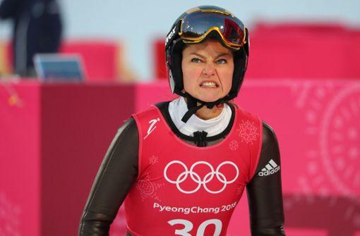 Skispringerin verletzt sich bei Training schwer