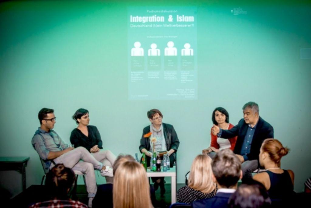 Was heißt Integration und wie ist sie zu gestalten, das sind zwei der Fragen auf der Podiumsdiskussion gewesen. Foto: Lichtgut/Achim Zweygarth