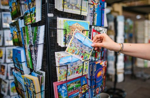 Warum die Postkarte kein Ladenhüter ist