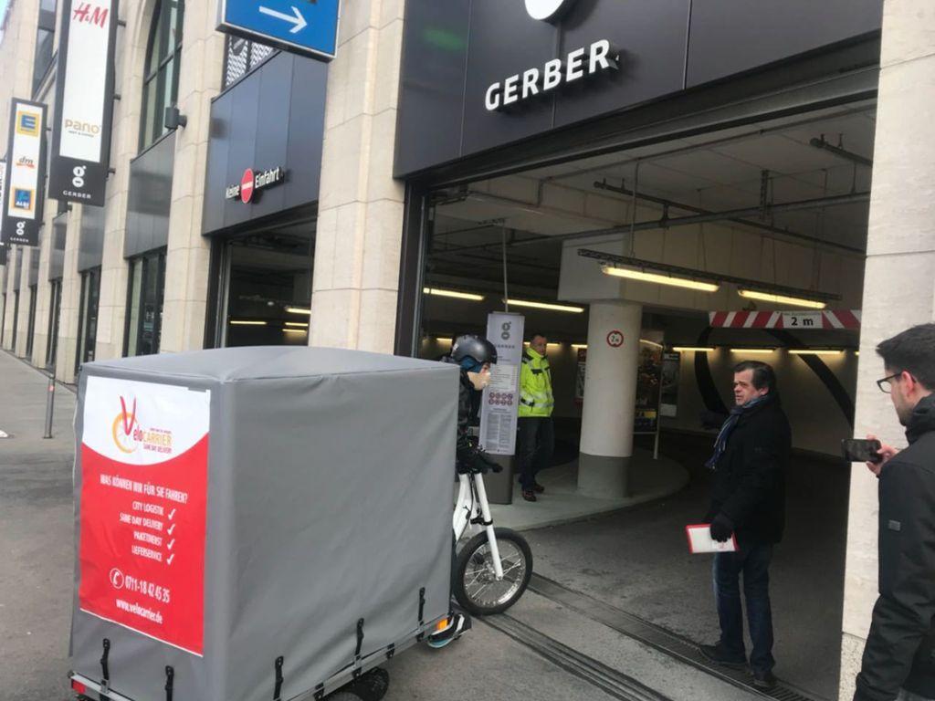 Vom Gerber-Parkhaus per Lasten-Rad  an die Haustür: das Pilotprojekt startet. Foto: VC