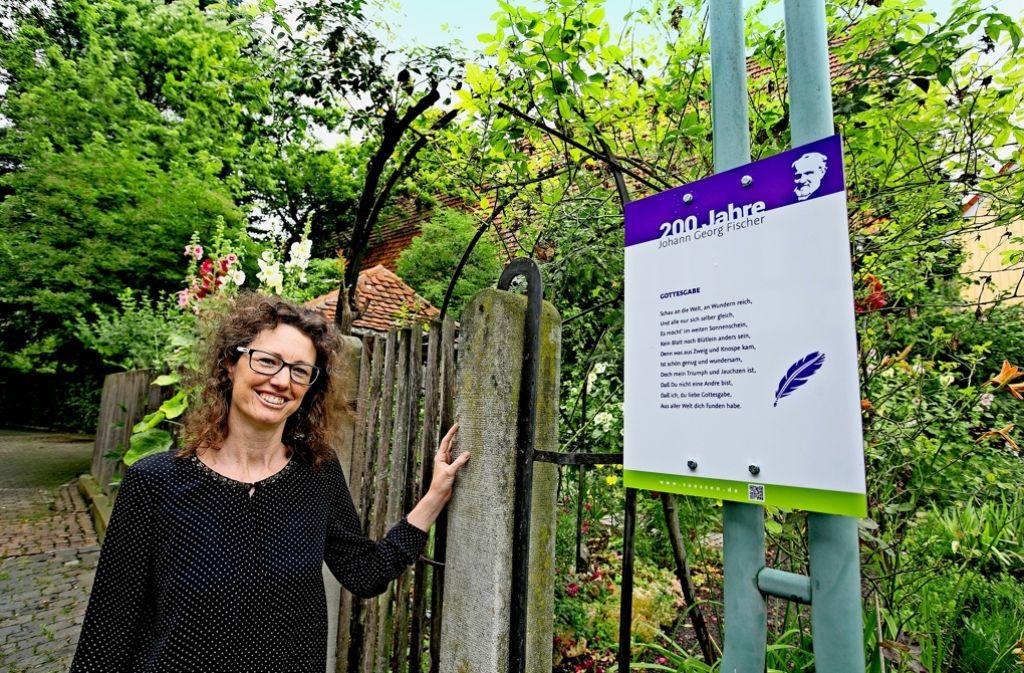 Die Stadtarchivarin Carola Eberhard hat viele Fischer-Gedichte gelesen, um zehn für den lyrischen Rundweg in Süßen zu finden. Foto: Horst Rudel