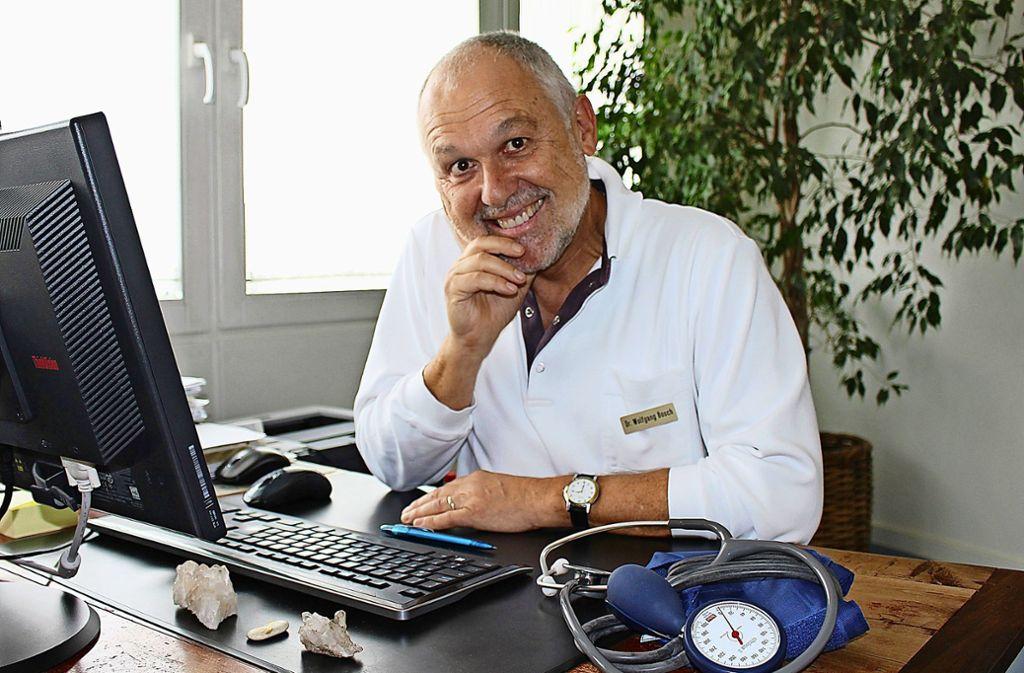 Wolfgang Bosch setzt auch auf Musik zur Genesung seiner Patienten. Foto: Caroline Holowiecki