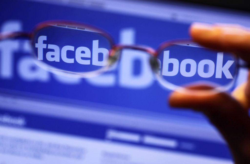 Facebook wehrt sich gegen einen Gesetzentwurf von Justizminister Heiko Maas. (Symbolbild) Foto: dpa