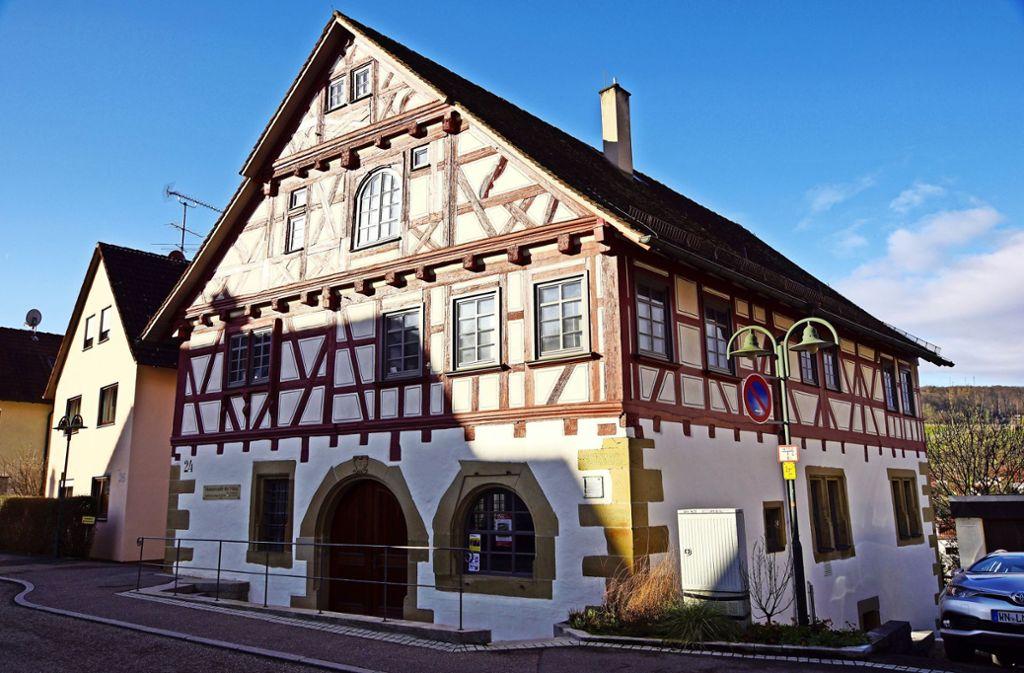 Schon das Haus ist ein Schmuckstück: Das Museum unter der Yburg befindet sich  in einem mehr als 400 Jahre alten Fachwerkgebäude. Foto: Roland Böckeler