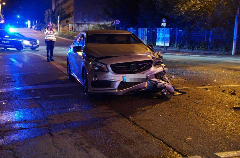 Aber auch das Fahrzeug des Unfallverursachers hat Schaden genommen. Foto: 7aktuell.de/Andreas Werner