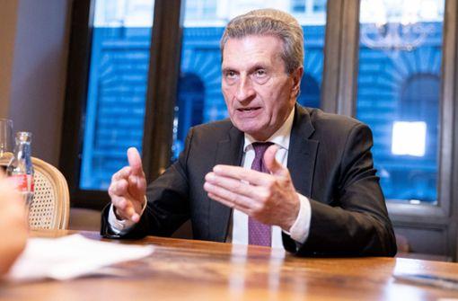 Oettinger: Harter Brexit kostet Deutschland bis zu 500 Millionen