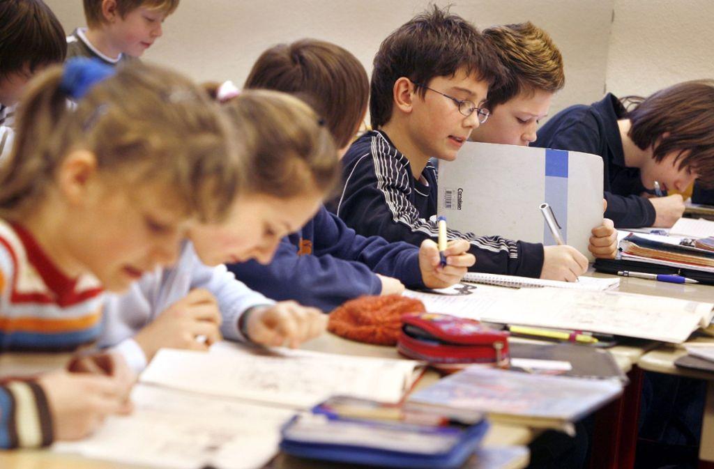 In den Südwest-Schulen werden Rechtschreibfehler künftig mehr geahndet. Foto: dpa