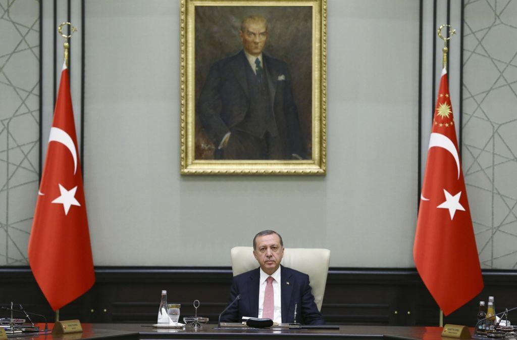 Präsident Recep Tayyip Erdogan greift nach dem gescheiterten Putschversuch weiter hart durch. Foto: