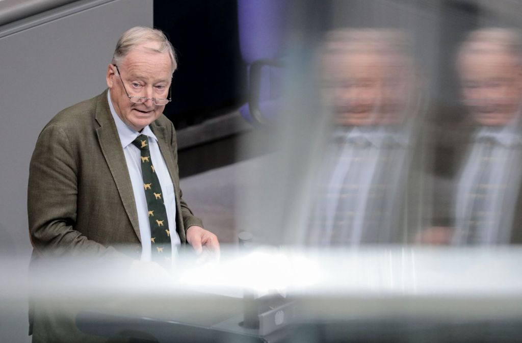 """Der AfD-Vorsitzende Alexander Gauland erhielt auf seine Rede im Bundestag scharfe Reaktionen – unter anderem von Martin Schulz (SPD), der die AfD auf den """"Misthaufen der Geschichte"""" wünschte. Foto: dpa"""