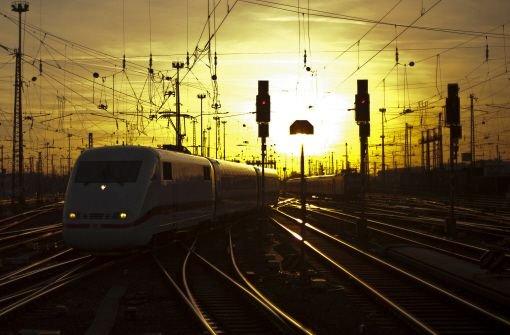 Bahn kauft für über eine Milliarde Ökostrom von RWE