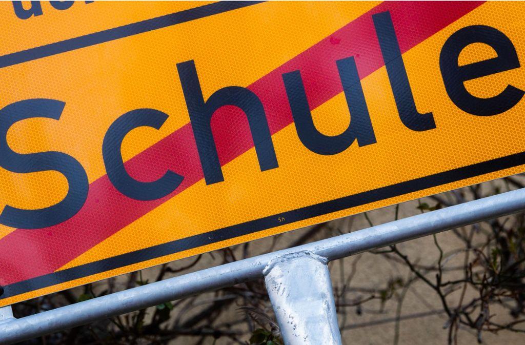 Ordentlicher Unterricht findet ab Dienstag dieser Woche in Baden-Württemberg nicht mehr statt. Die Schulen bleiben geschlossen. Foto: dpa/Julian Stratenschulte