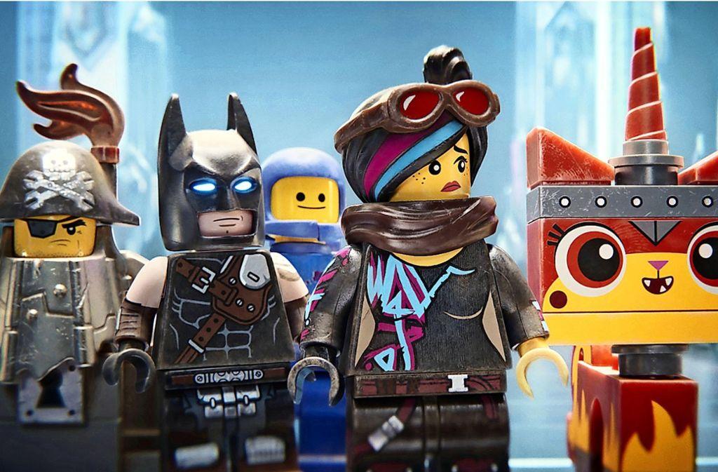 Die Klötzchenfiguren müssen ihre Stadt gegen die Duplos verteidigen – und Batman droht die Zwangsheirat. Foto: Warner Bros.