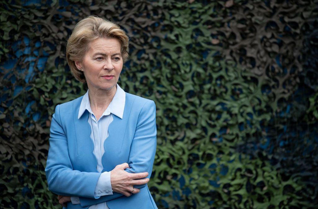 Ursula von der Leyen wird am Donnerstag im Untersuchungsausschuss zur Berateraffäre befragt. Foto: dpa/Fabian Sommer