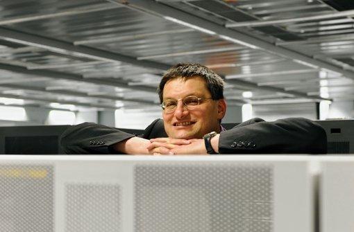 """""""Dieser Rechner ist zu langsam"""", sagt Michael Resch. Nächstes Jahr bekommt er für mehr als 22 Millionen Euro einen neuen Foto: Reiner Pfisterer"""