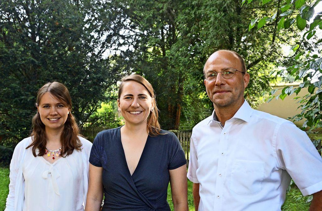 Sind künftig in der Kirchengemeinde Plieningen-Hohenheim als Seelsorger tätig (von links):  Anna Lörcher, Jutta Haizmann und  Hans-Ulrich Winkler. Foto: Thomas Honold-Reichert