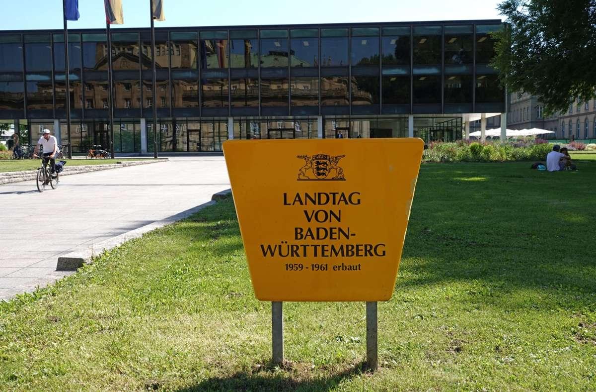 Vor dem Landtag in Stuttgart (Archivfoto). Foto: dpa/Felix Schröder