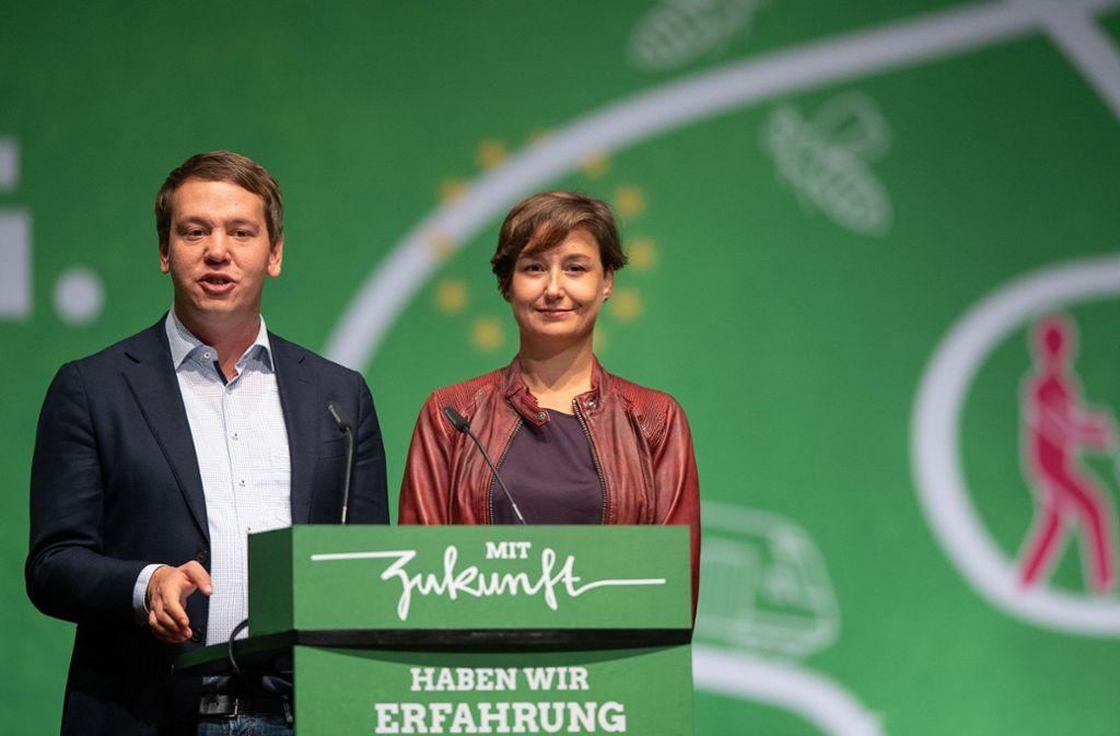 Mit sozialistischen Ergebnissen gewählt: Oliver Hildenbrand und Sandra Detzer Foto: dpa/Sebastian Gollnow