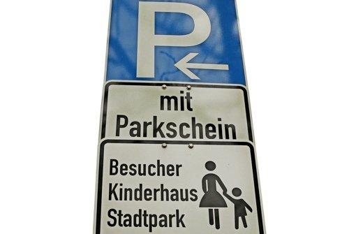 Zoff um  Autos auf dem Bürgerplatz