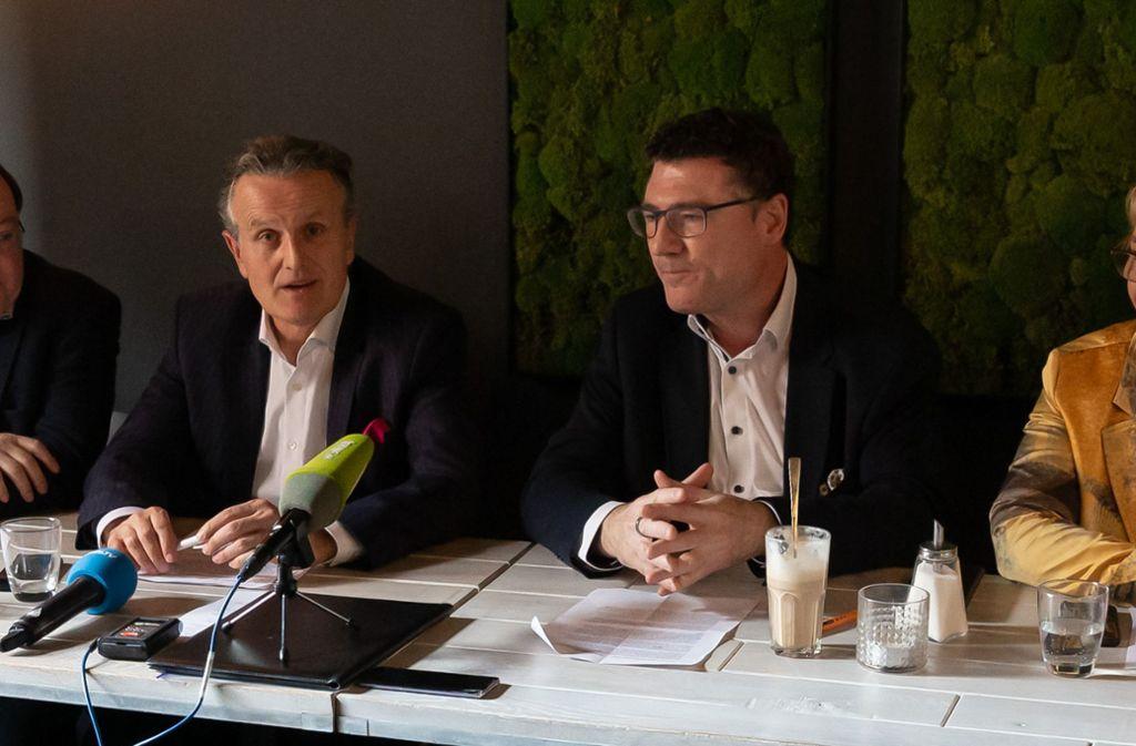 Frank Nopper (links) und Stefan Kaufmann Mitte Februar: Da wurde Nopper der Basis als ihr OB-Kandidat  empfohlen. Das Coronavirus spielte da noch keine  Rolle. Foto: Lichtgut/Julian Rettig