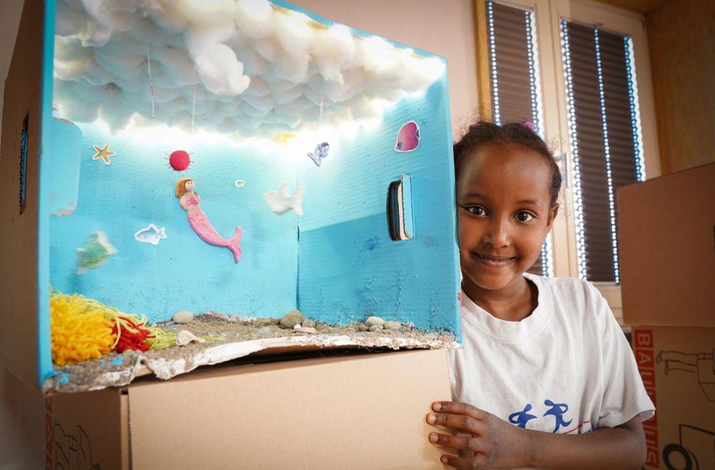 Die fünfjährige Sumaya träumt davon, eine Meerjungfrau zu sein. Foto: Edgar Layher