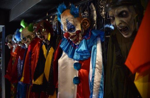 Junge verletzt Grusel-Clown und leistet Erste Hilfe