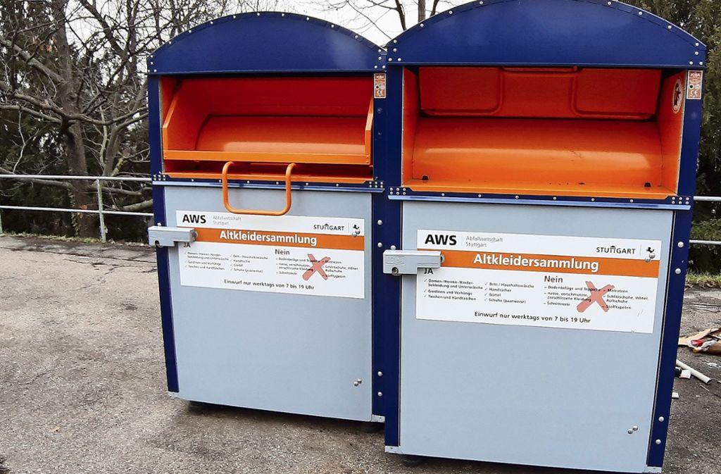 Für soziale Organisationen hat der Eigenbetrieb AWS einheitlich gestaltete Sammelcontainer aufgestellt. Insgesamt gibt es davon 199 im gesamten Stadtgebiet. Foto: Elke Hauptmann